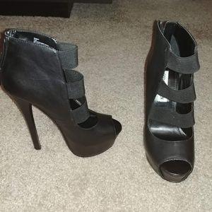 Steve Madden Bansky Black Leather Heels US 5.5